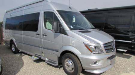 2019 Airstream Interstate Grant Tour EXT
