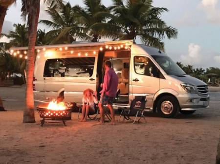 2019 Airstream Grand Tour Tommy Bahama