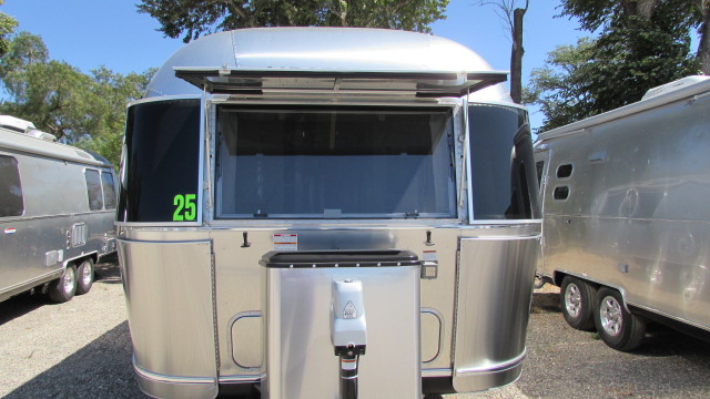 New 2020 Airstream International Serenity 25FBT