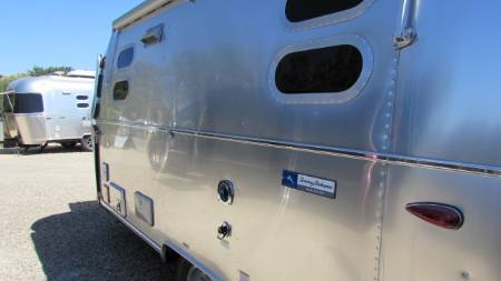 2019 Airstream International Tommy Bahama 19CB