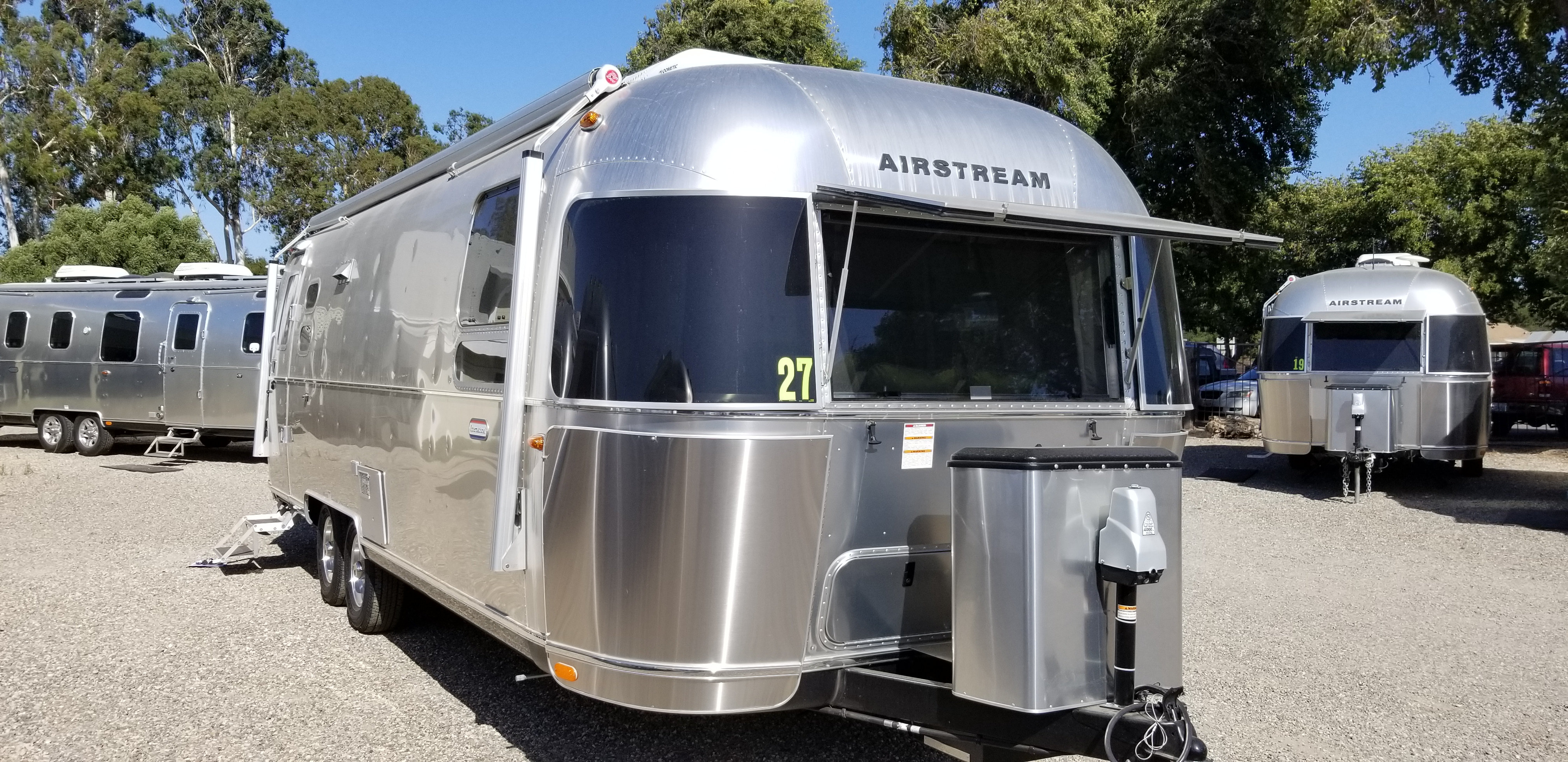 New 2020 Airstream International Serenity 27FBQ