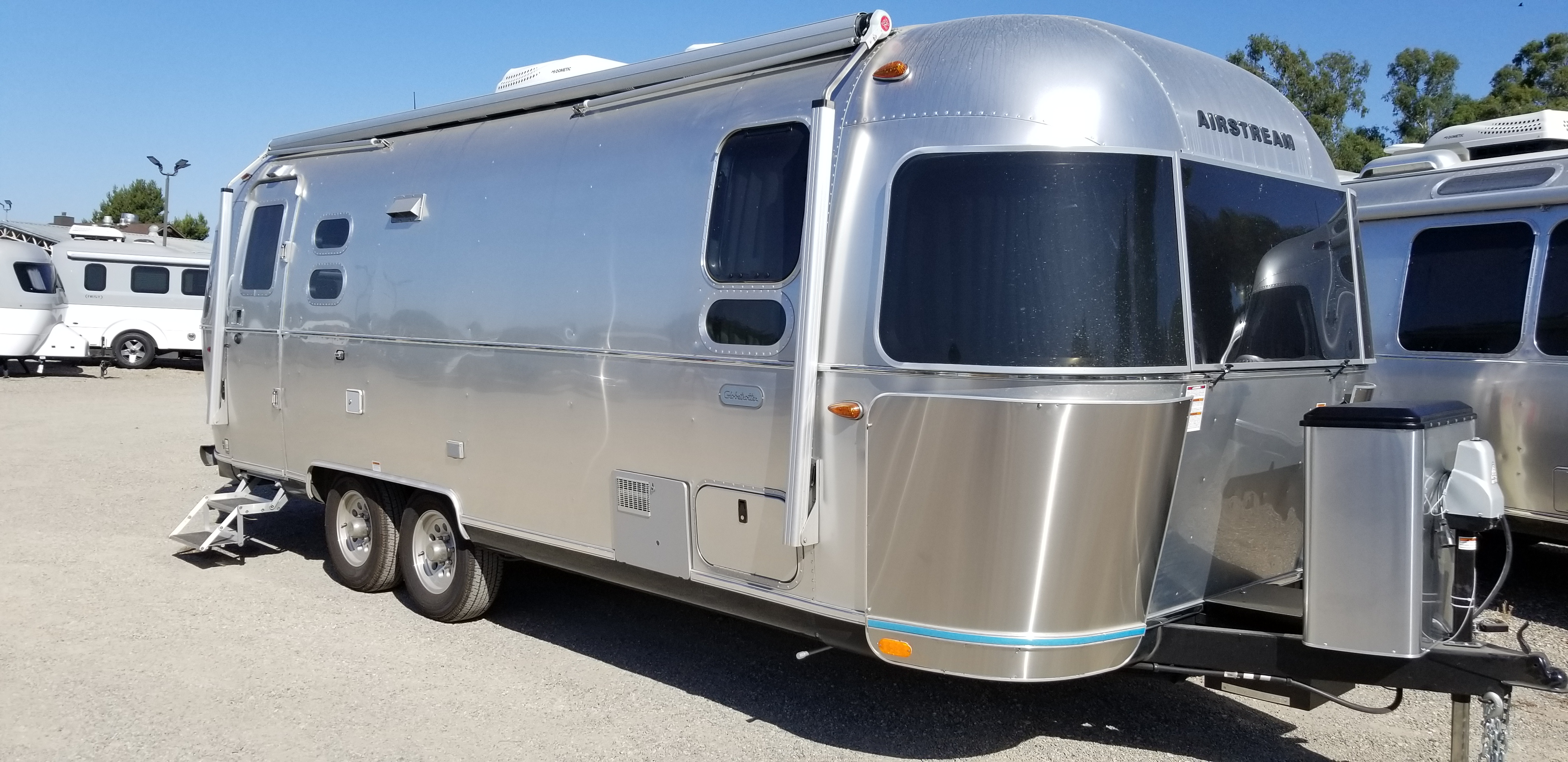 New 2020 Airstream Globetrotter 25FBQ
