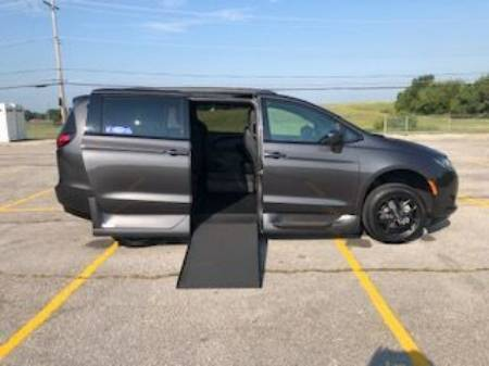 2019 Chrysler Pacifica Touring L Sport Wheelchair Van