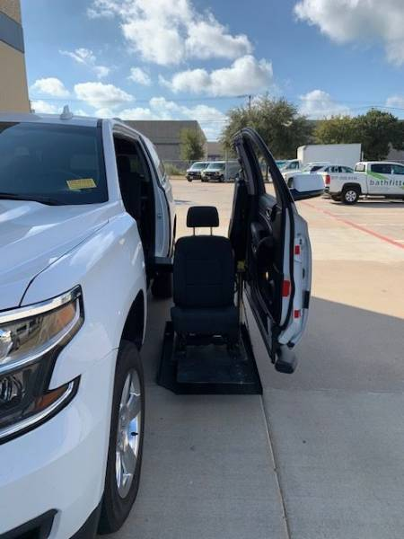 2015 Chevrolet Suburban LS Wheelchair SUV