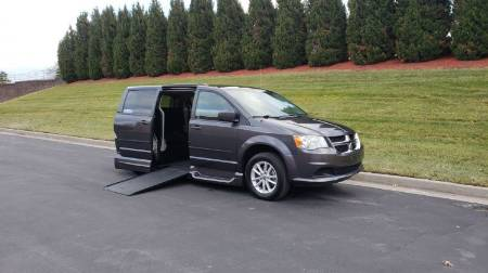 2016 Dodge Grand Caravan SXT Wheelchair Van