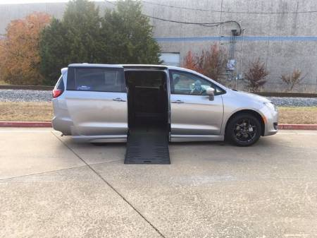 2019 Chrysler Pacifica Touring Plus Wheelchair Van