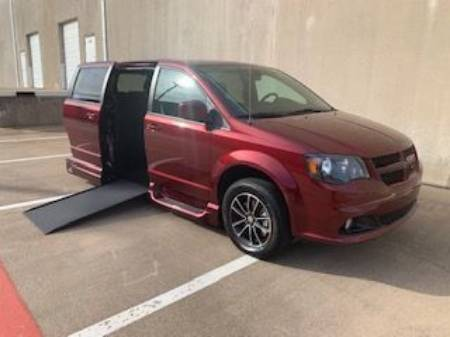 2019 Dodge Grand Caravan GT Wheelchair Vehicle