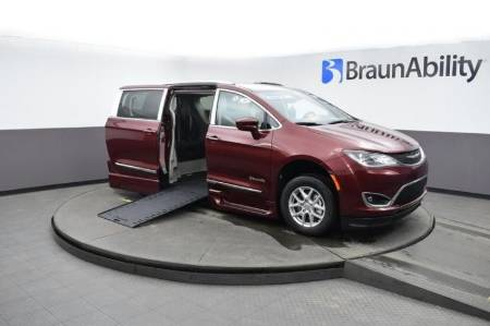 2020 Chrysler Pacifica Touring L Wheelchair Van