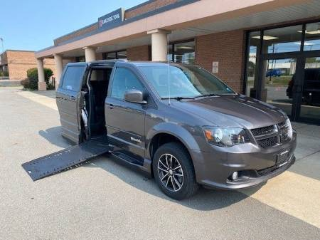 2016 Dodge Grand Caravan R T Wheelchair Van