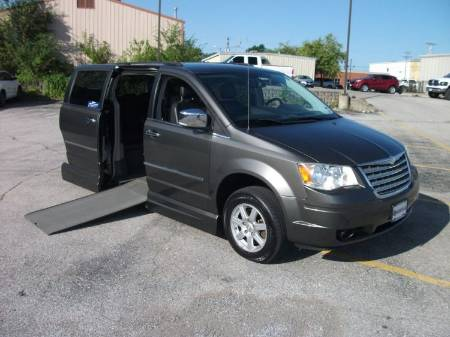 2010 Chrysler Town & Country Limited Wheelchair Van
