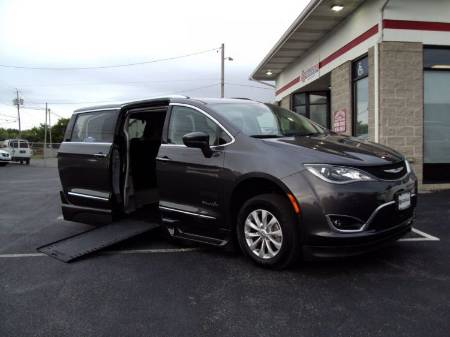 2018 Chrysler Pacifica Touring L Plus Wheelchair Vehicle
