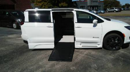 2020 Chrysler Pacifica Touring L Plus Wheelchair Van