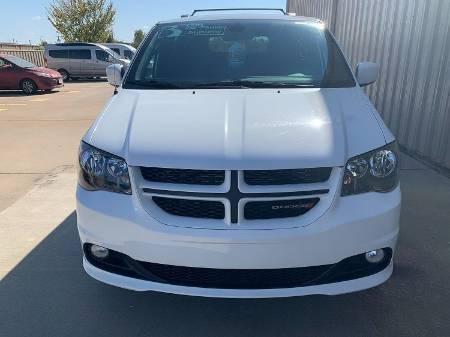 2019 Dodge Grand Caravan GT Wheelchair Van