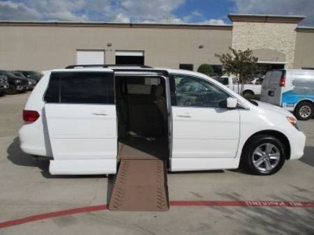 2010 Honda Odyssey Touring Wheelchair Van