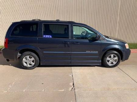 2009 Dodge Grand Caravan SXT Wheelchair Van