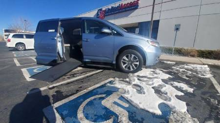 2014 Honda Odyssey Elite Wheelchair Vehicle