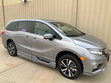 2019 Honda Odyssey Elite Wheelchair Van